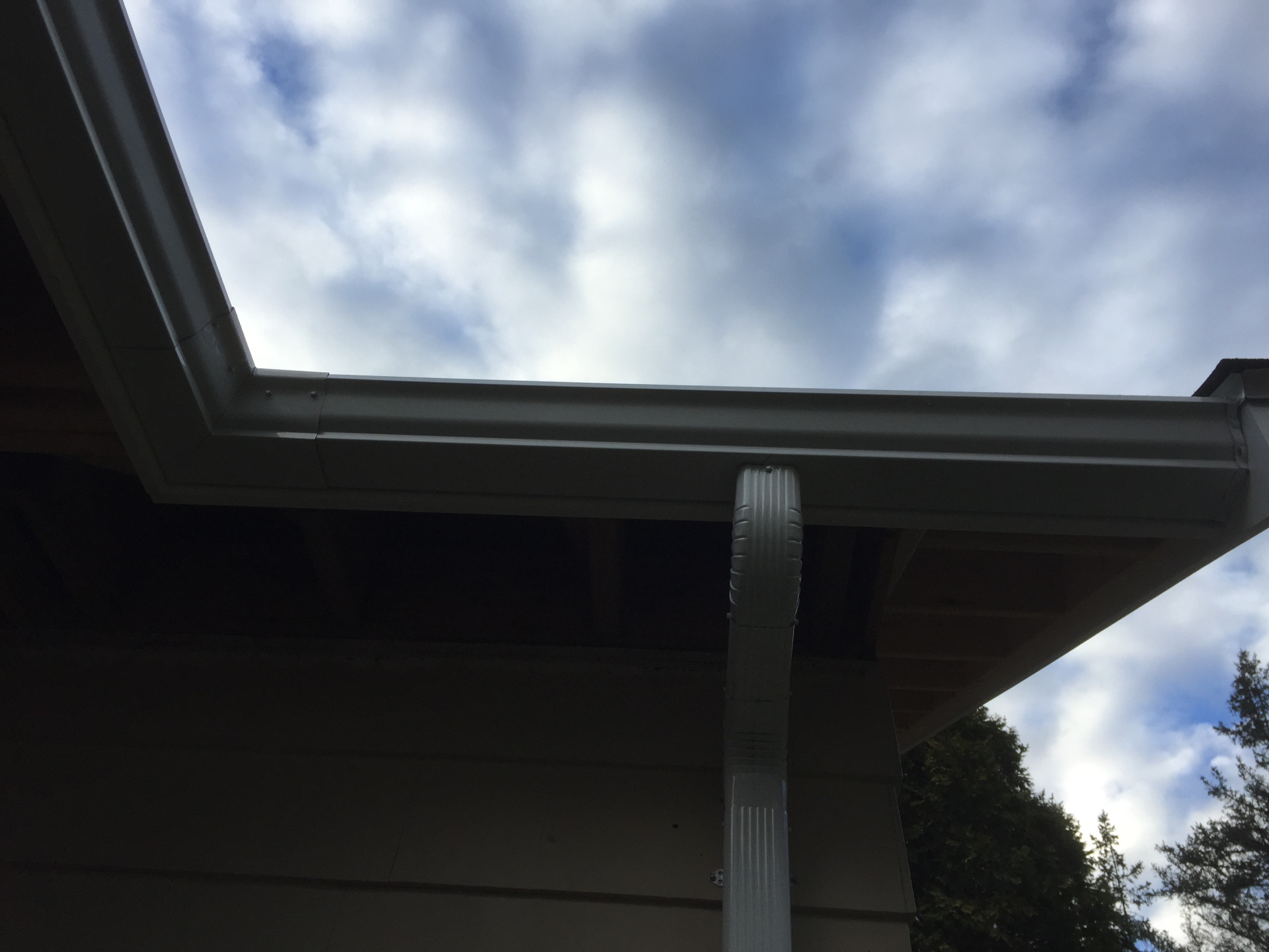 downspouts installation