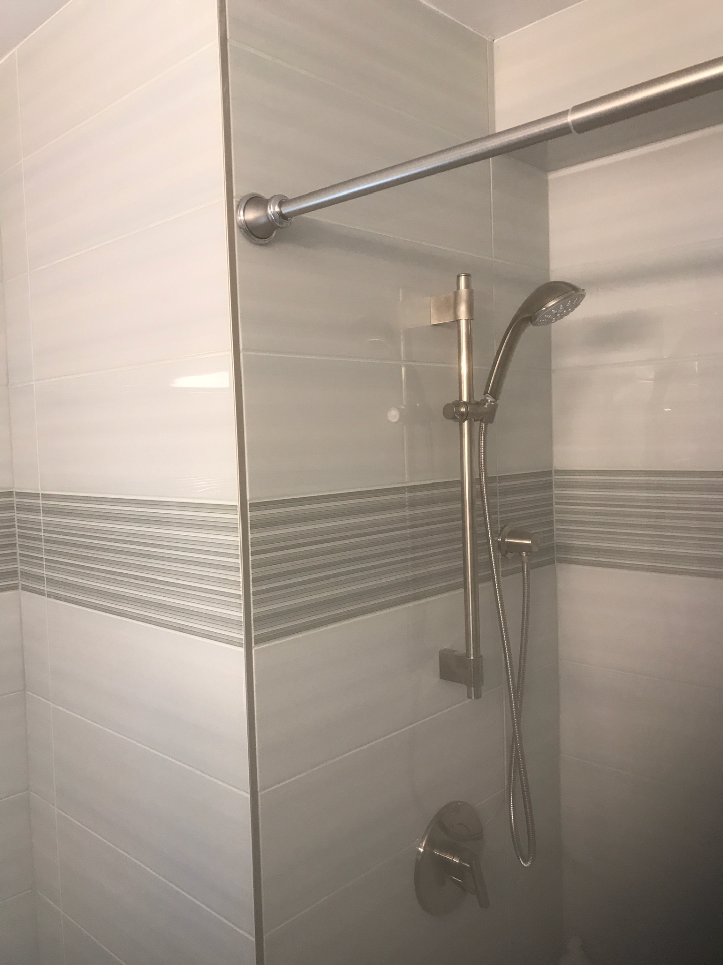 bathroom renovation, bathroom remodeling, replaced bathtub, replaced tiles