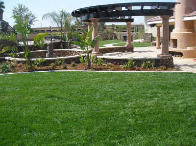 Residential landscape and irrigation installation