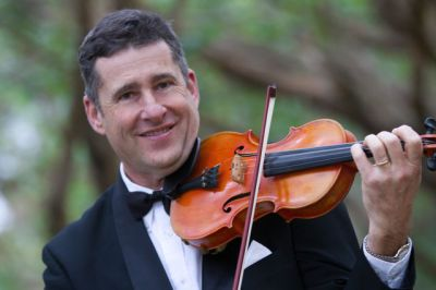 Derek Davies - Violin
