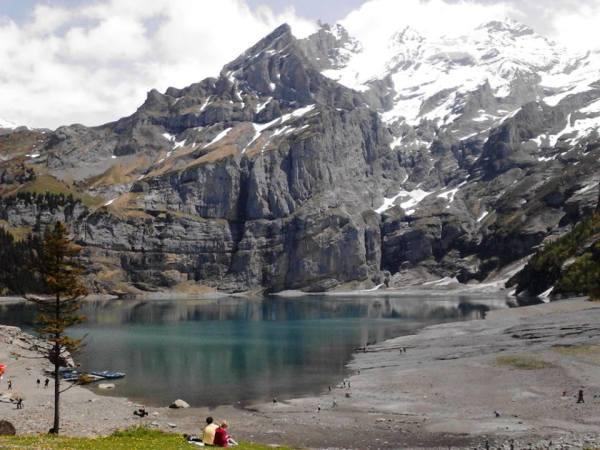 Oeschinensee Lake