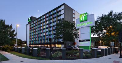Holiday Inn-Somerville