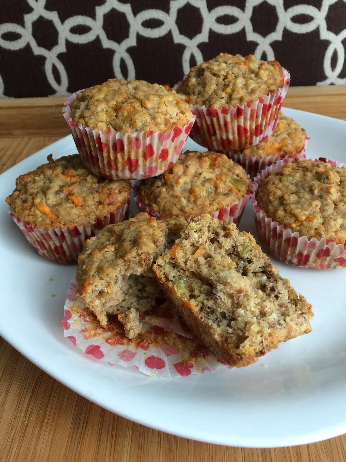 Carrot Cake Oatmeal Mama Muffins