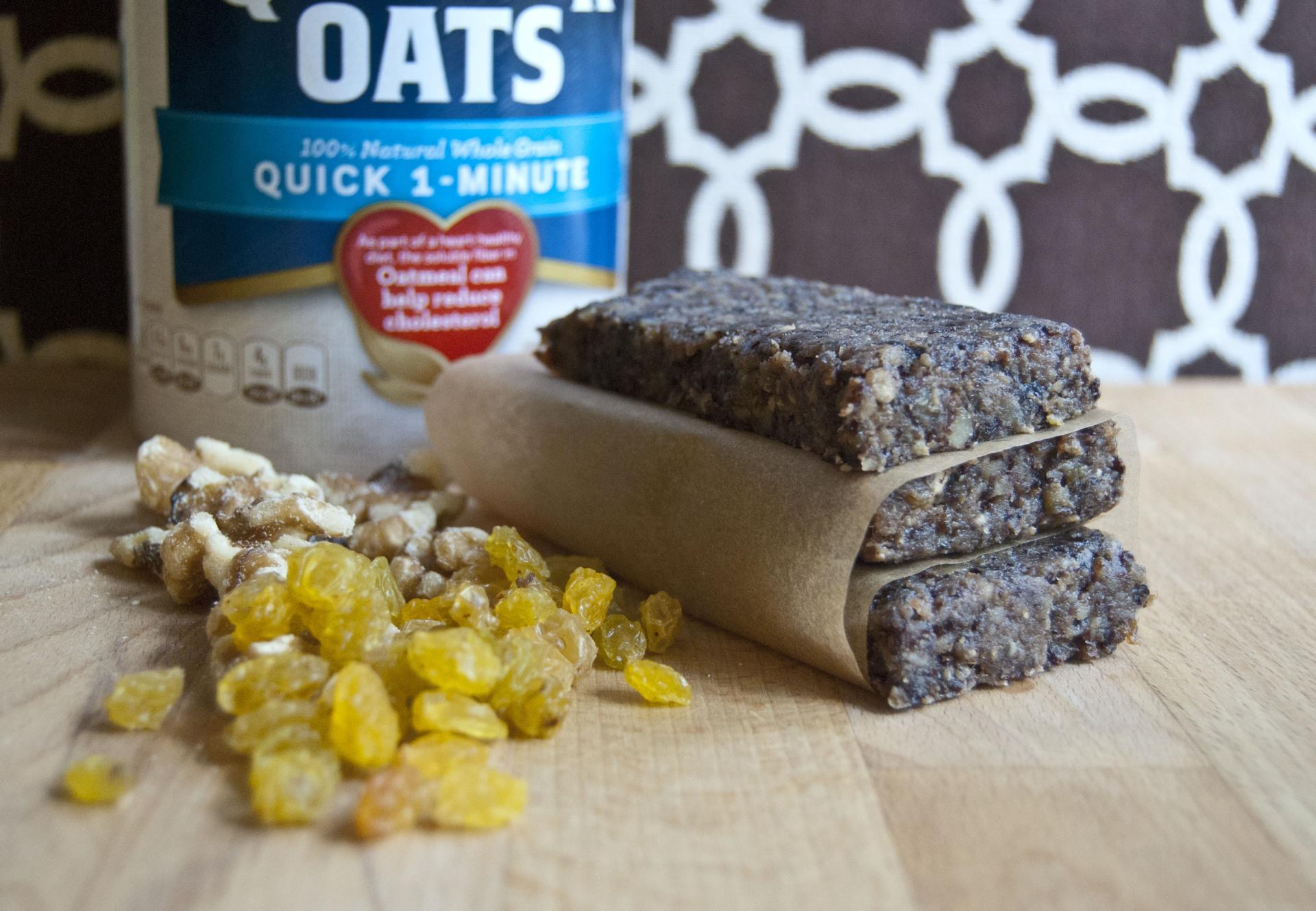 Oatmeal Cookie Energy Bars