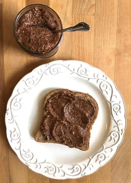Homemade Chocolate Hazelnut Butter