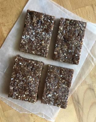 Double Chocolate Espresso Energy Bars with Sea Salt (Copycat RX Bars)