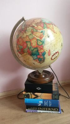 Antique globe lamp