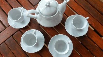 Porcelain coffee servis
