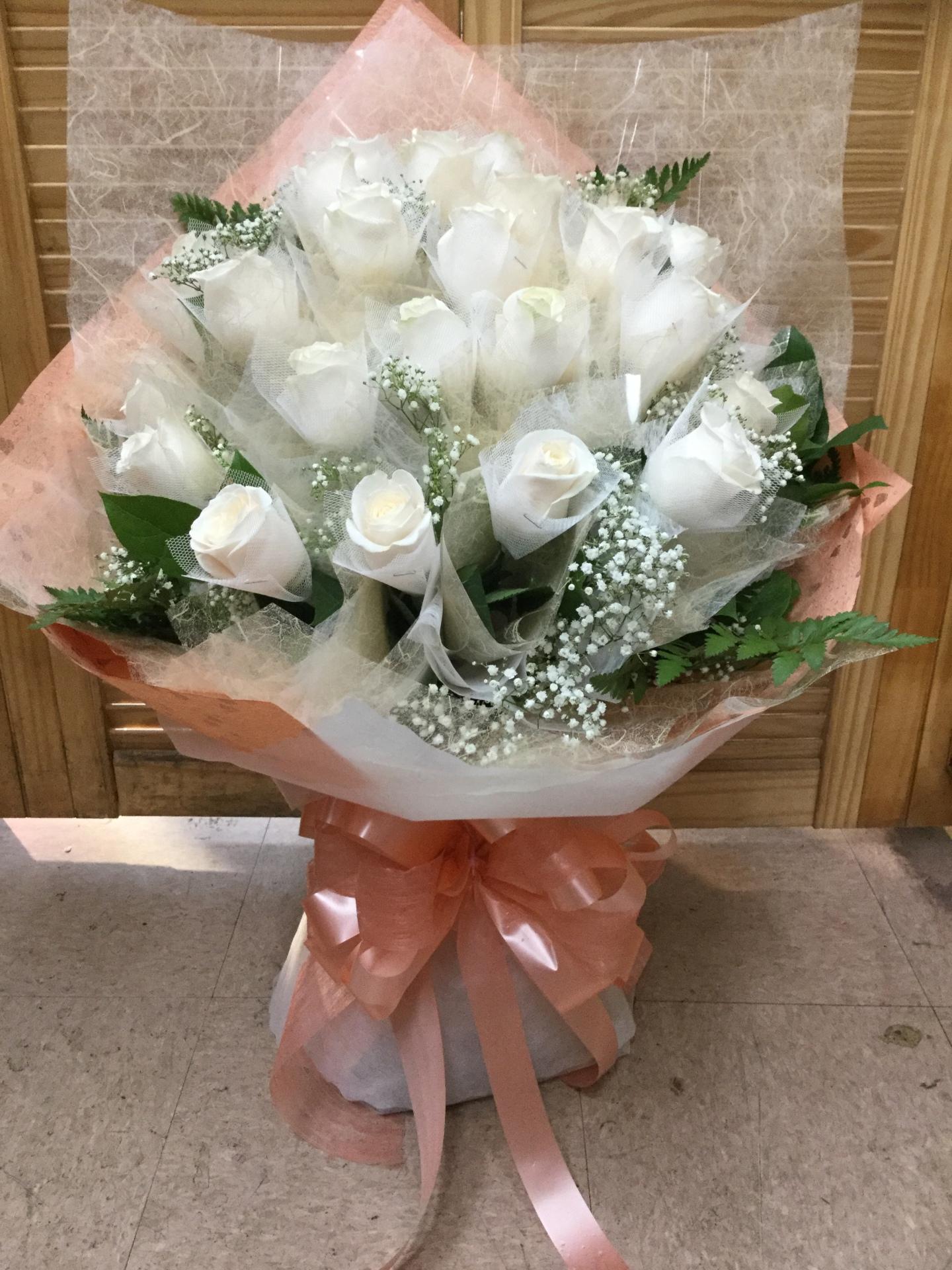 Two Dozen White Roses - Fancy Wrap Bouquet
