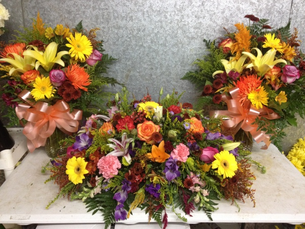 Casket Flower and Vase Arrangements