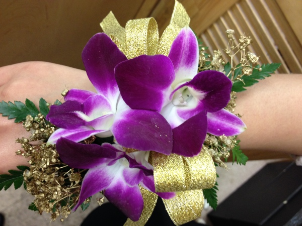3 Orchid Corsage