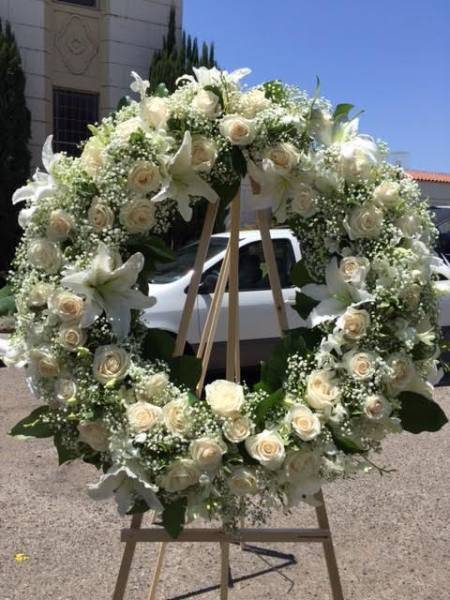 Wreath - All White - Custom Design