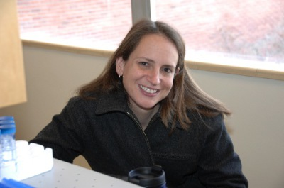 Lara LaDage