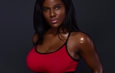Model Yevette   Made