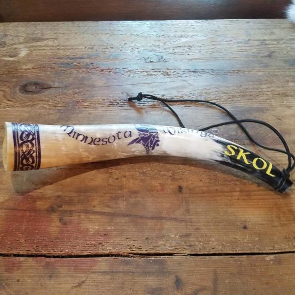 """Minnesota Vikings Blowing Horn (20"""")"""