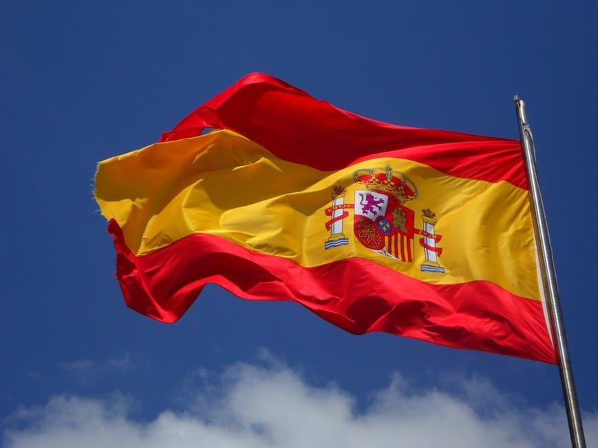 Helft Spanjaarden winkelt niet crossborder