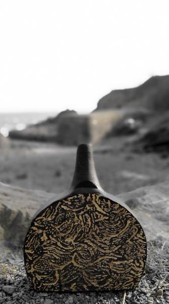 British Ceramic art Colliery Pot Coal Gold Black Clay West Coast Saundersfoot Pembrokeshire Ceramic Art Richard Prentice Blackbird Ceramics Naomi Tydeman Coast Restaurant Penally Abbey St Brides Spa Hotel The Grove Narberth Welsh Wales Ceramic Art Studio Pottery