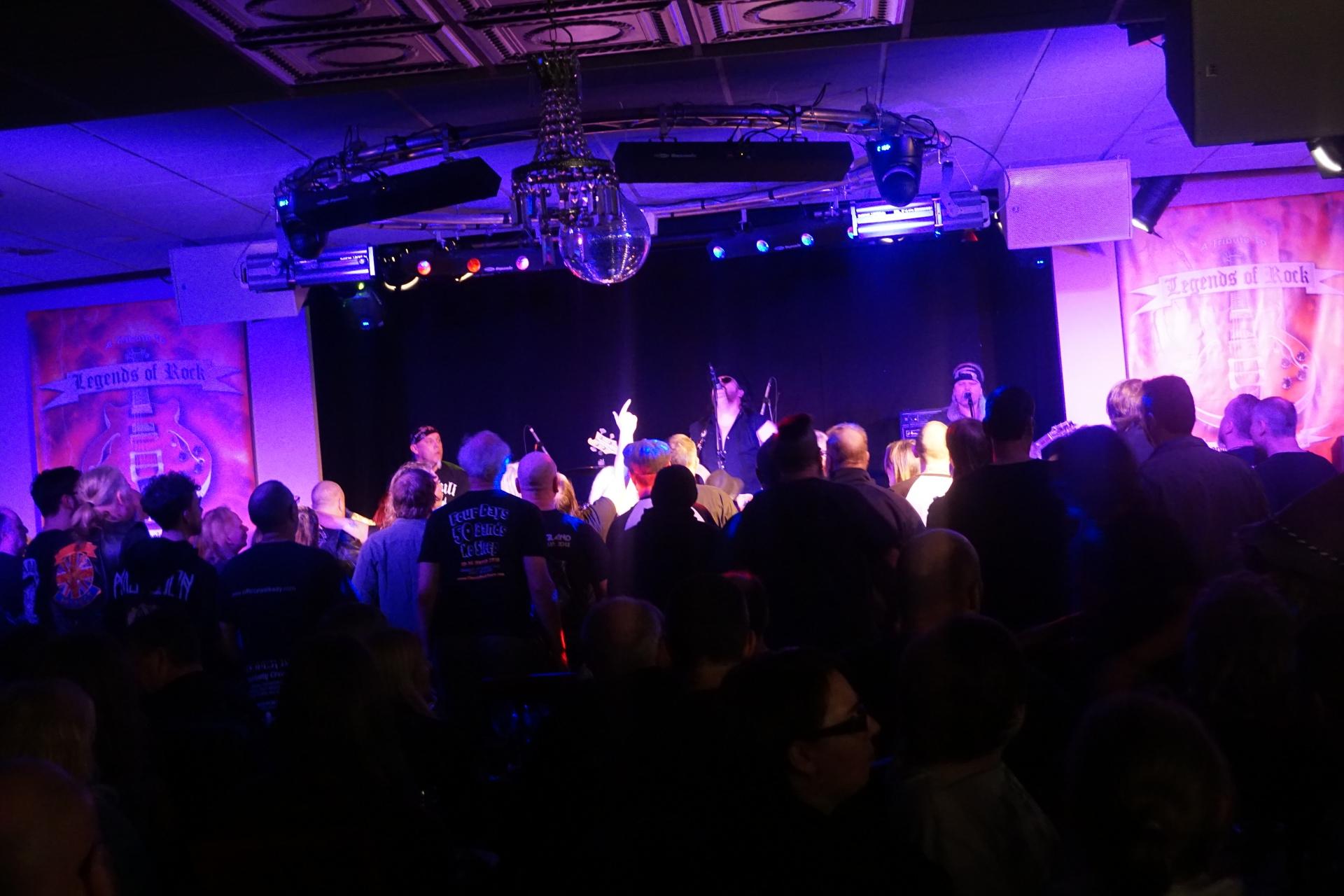 Hastings gig - Great Crowd