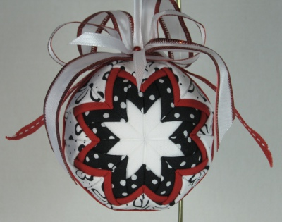 Quilted Ornament #8