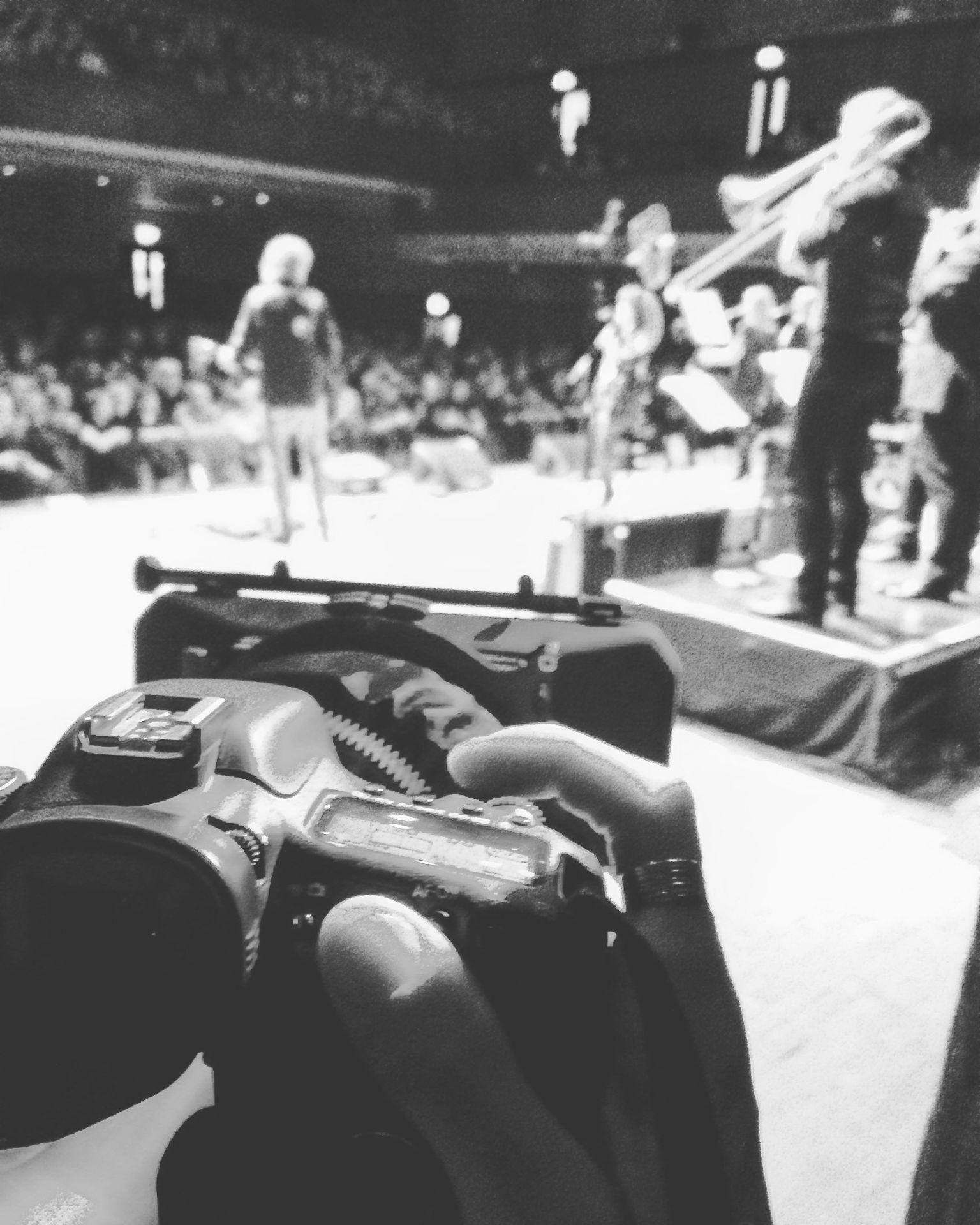 Spike Edney's SAS Band: Onstage