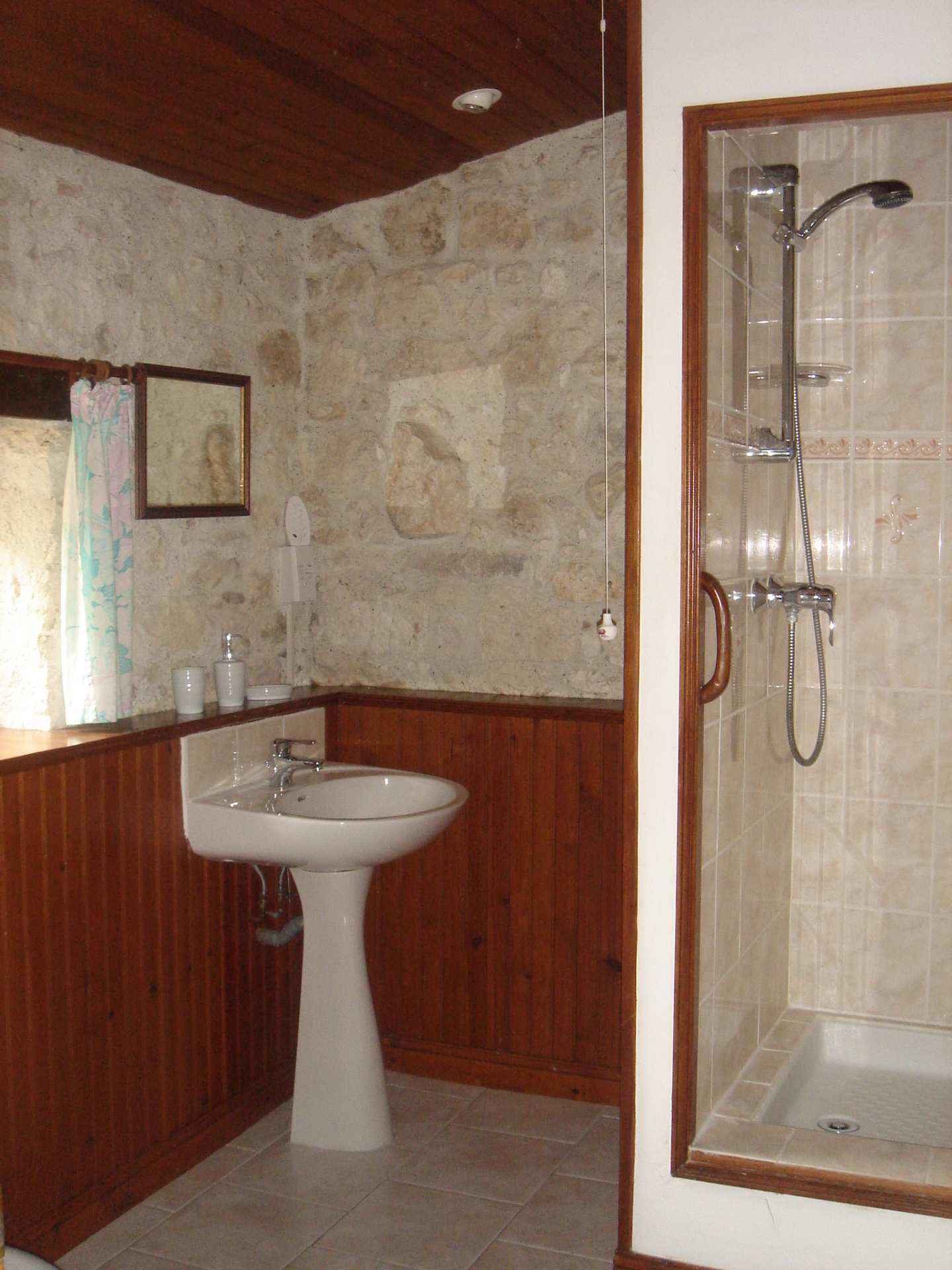Levant Shower Room