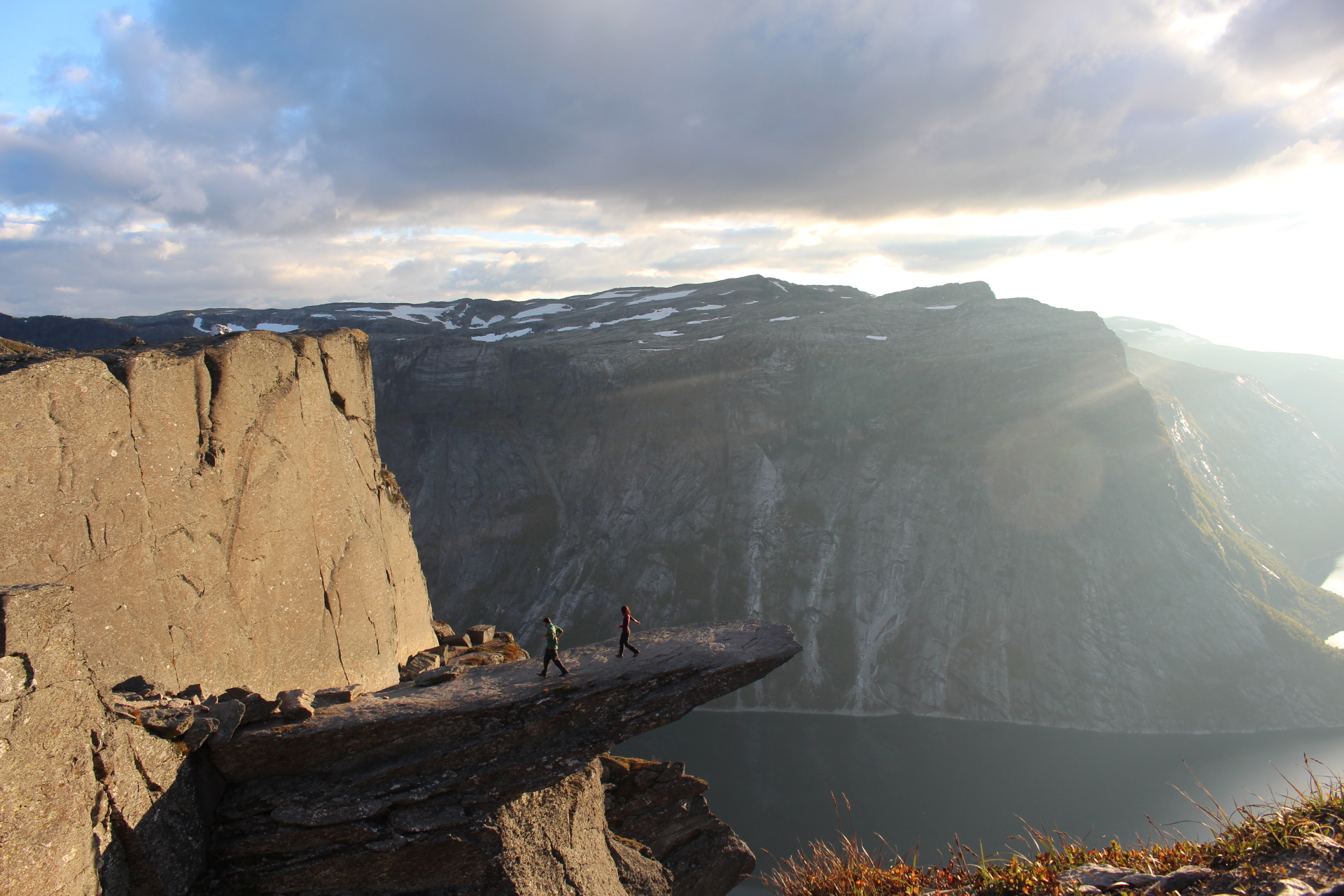 Norway: Climbing Trolltunga