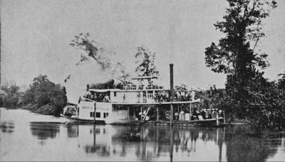 Vapor sobre el Río Polochic, parte del Ferrocarril Verapaz.