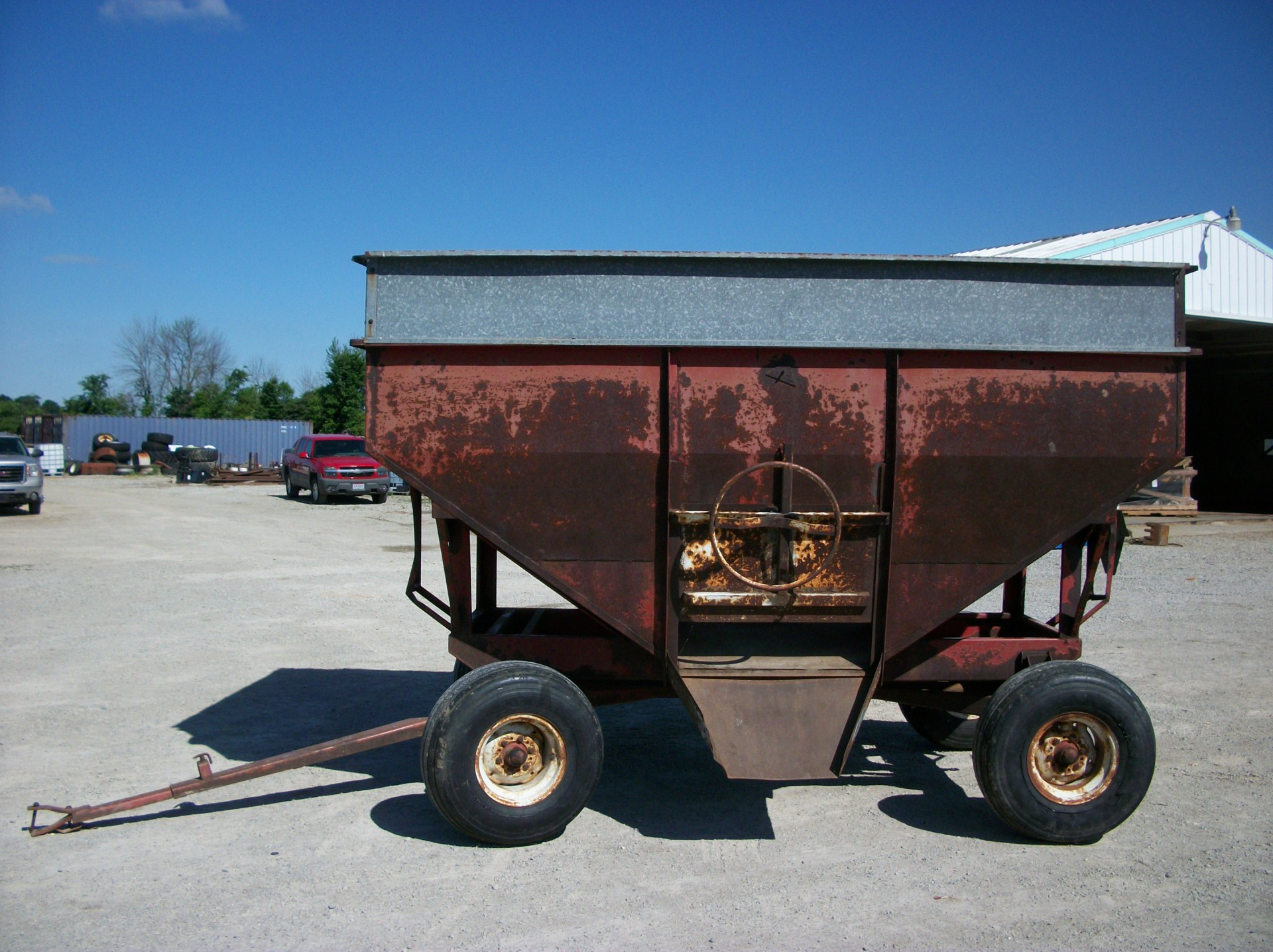EZ trail Hopper Wagon     $1,350