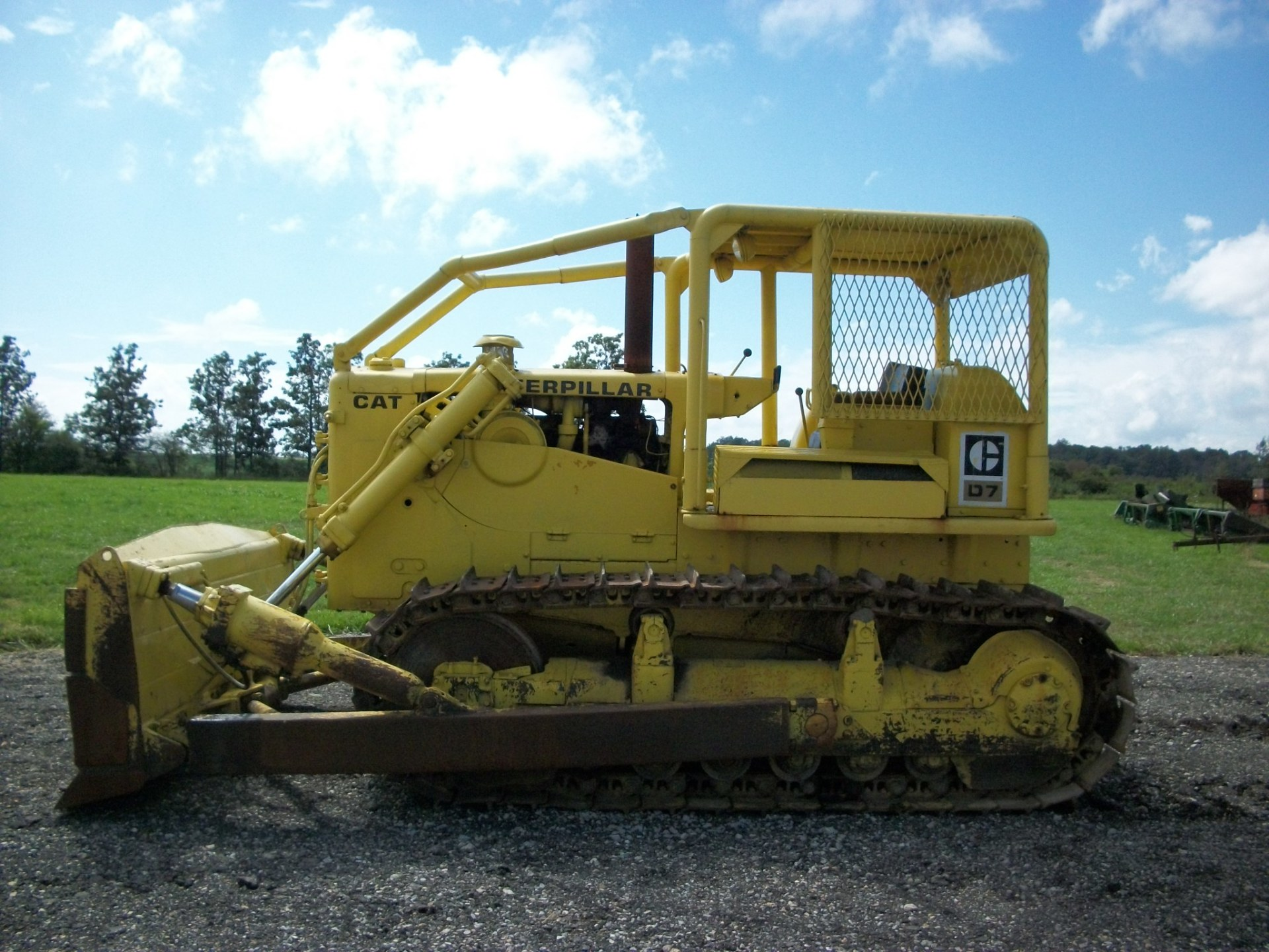 Cat D7E Crawler Dozer     $24,900