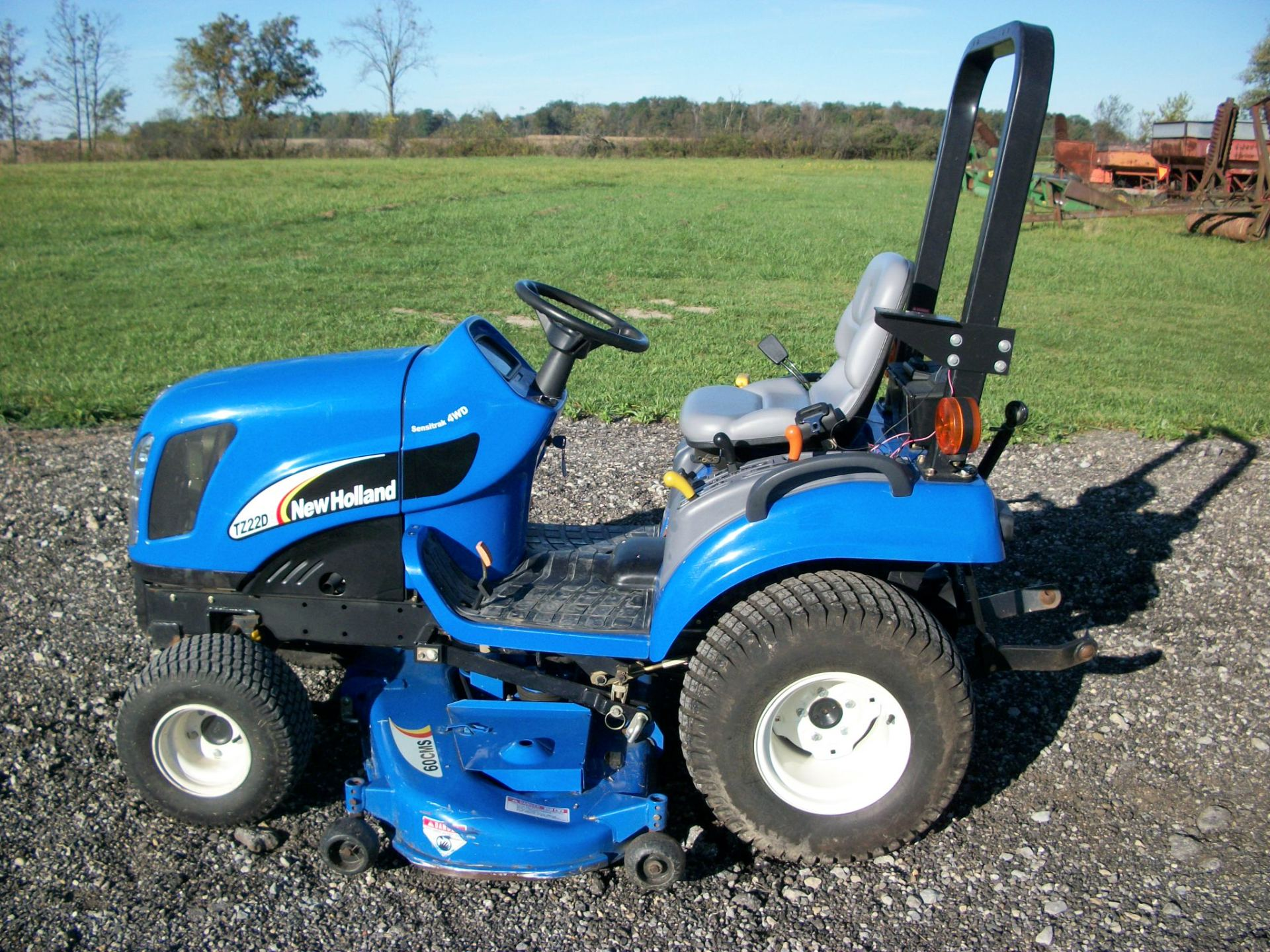 New Holland TZ22DA    $6,500