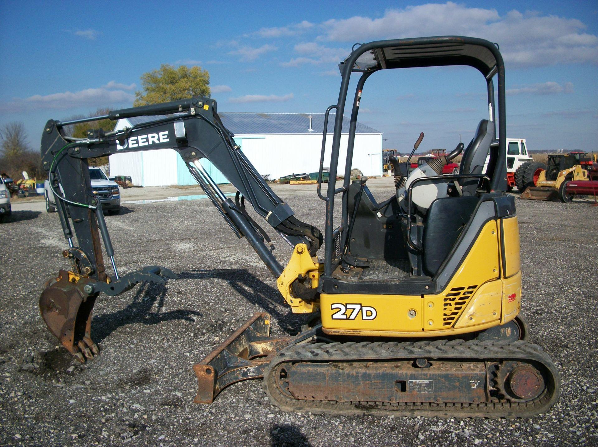 2013 John Deere 27D     $23,500