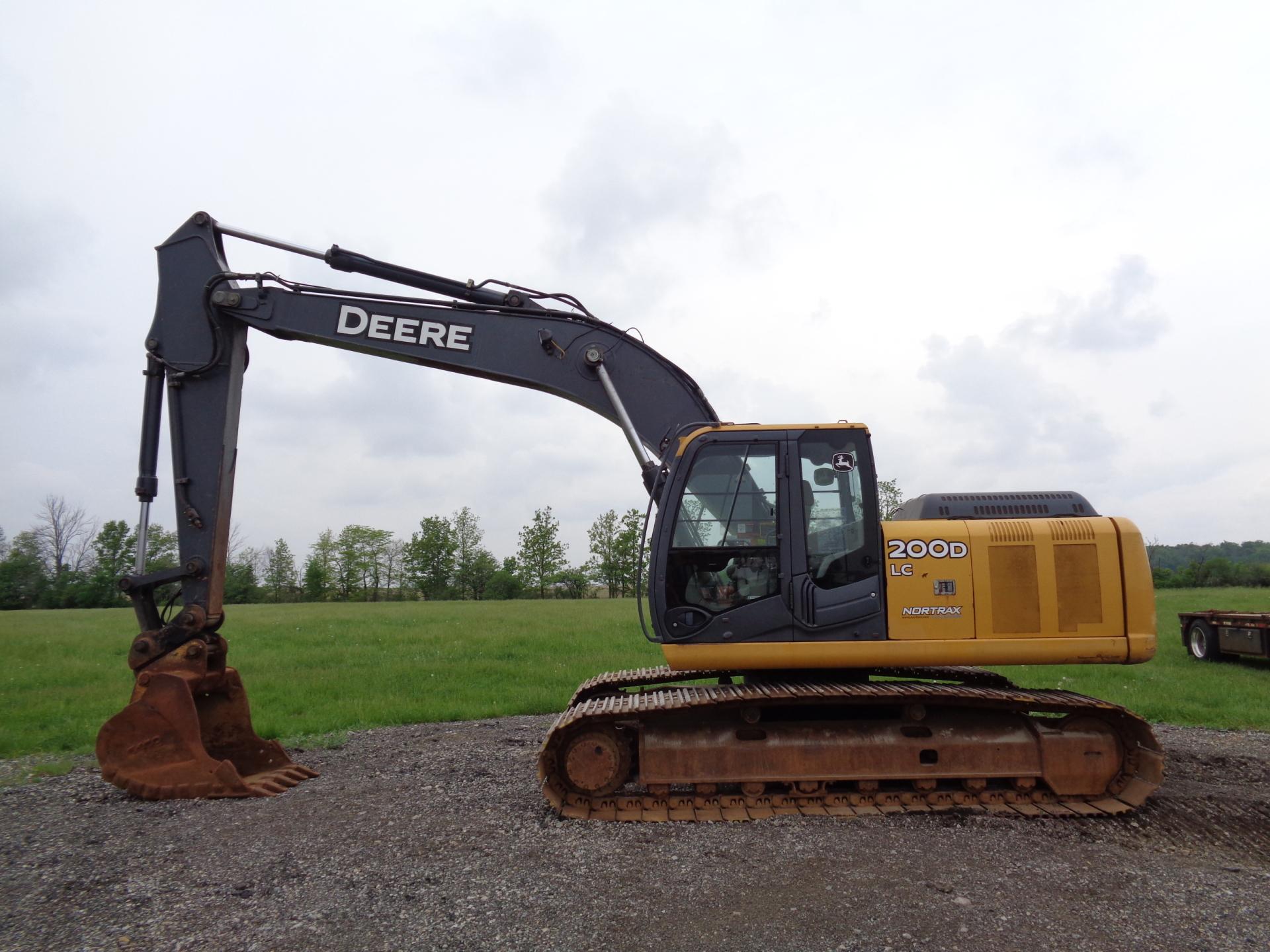 2008 Deere 200D LC     $55,900