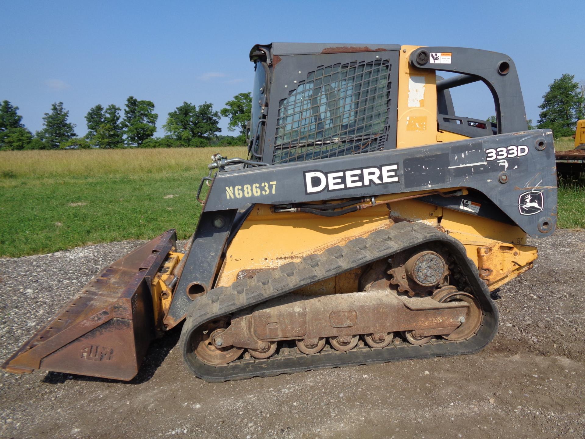 2011 Deere 333D     $26,900