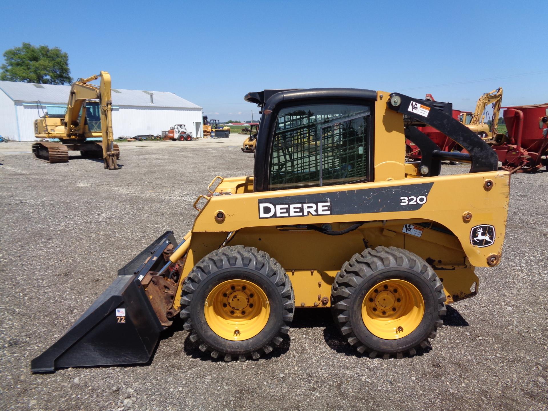 2007 Deere 320    $16,900