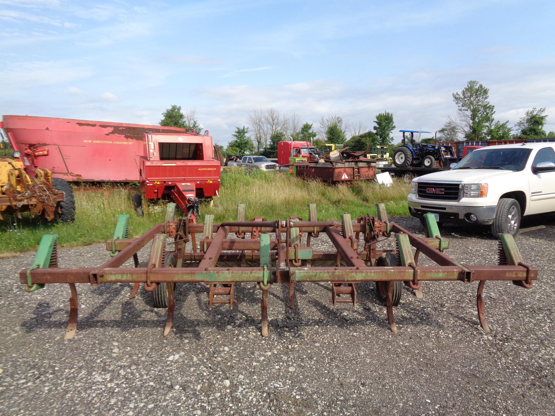 John Deere 1600 Chisel Plow     $1,000