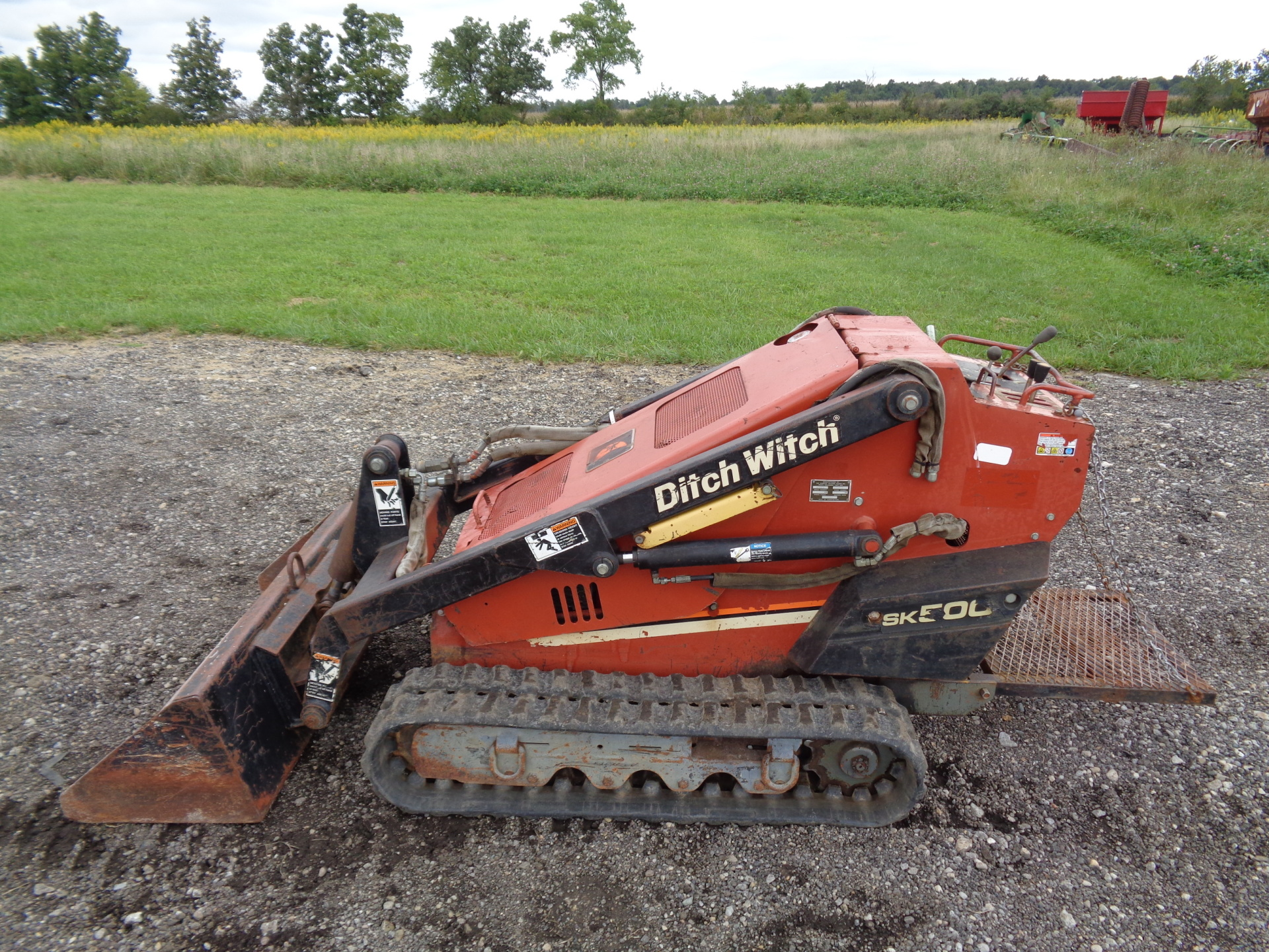 2003 Ditch Witch SK500    $8,900