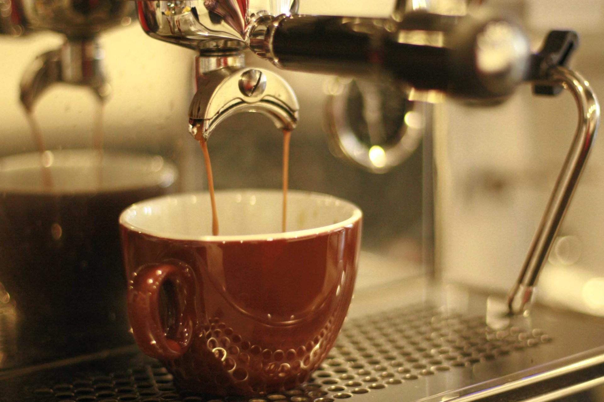 Always One Minute Fresh Coffee.
