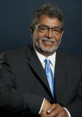 Dr. Tomas Martinez