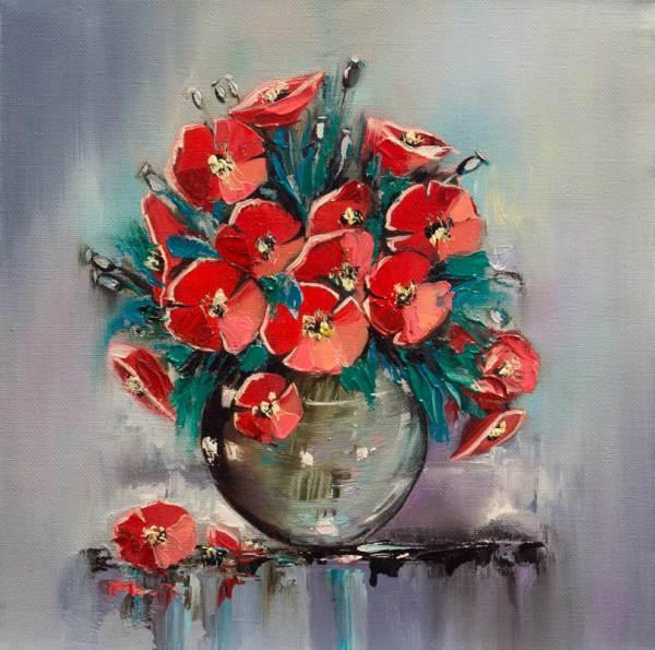 Красные маки в вазе