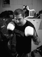 Pacific Muay Thai Instructor Eric Warm Up