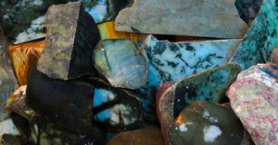 raw jadeite jade stones
