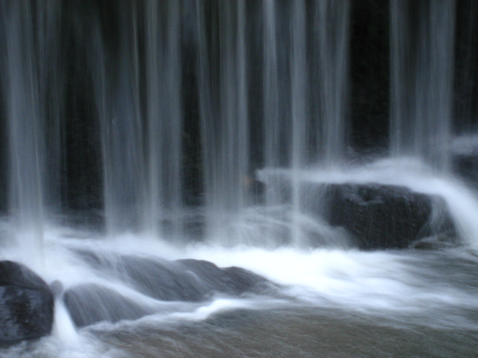 Knyppersley Waterfall