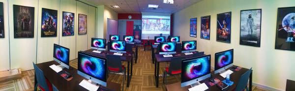 The HKVFX - Creative Multimedia lab is powered by iMacs with the  Adobe Creative Cloud and the Foundry Production Creative installed on them.