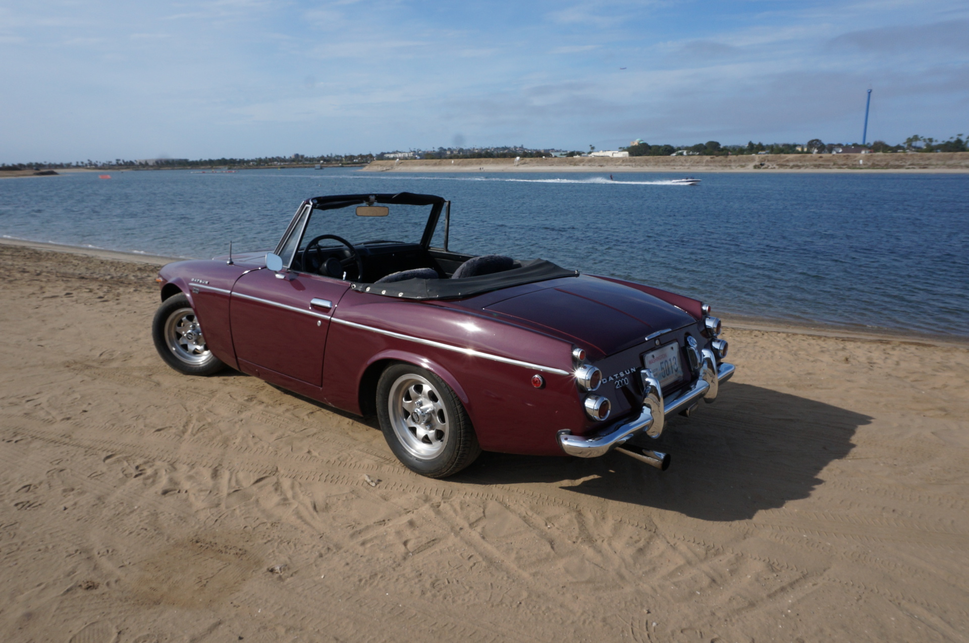 Classic Cars Videos and Photos