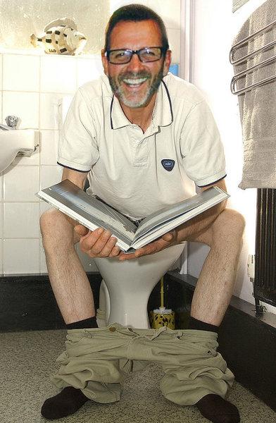 Man Mistakenly Blamed For Bathroom Smell!