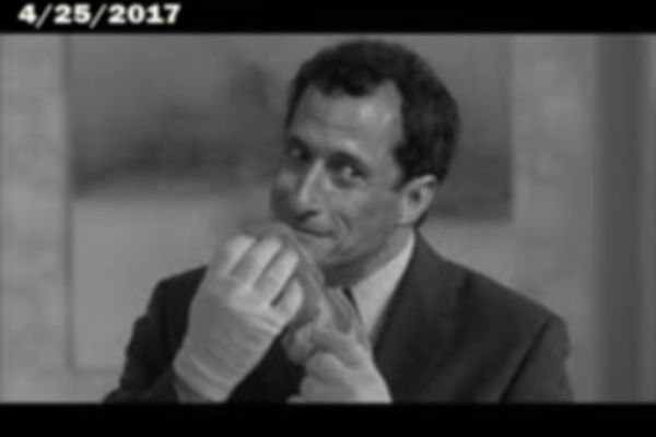 Anthony Weiner Busted Stealing Hillary's Underpants!