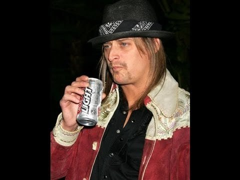 Drunken Kid Rock Uses Taco Bell Drive Thru as a Toilet!