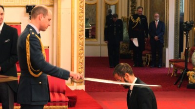 Ringo Starr: Prince William Chopped Off My Ear During Knight Ceremony!