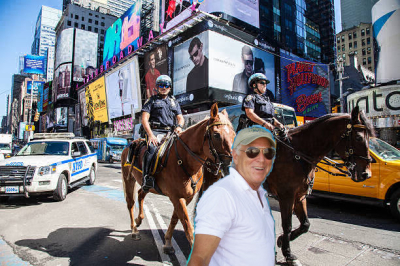 Jimmy Buffett Attacks Police Horse With a Shovel!