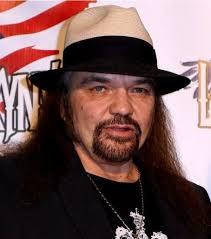 Lynyrd Skynyrd's Gary Rossington Has 1 Heart Attack Every Hour!